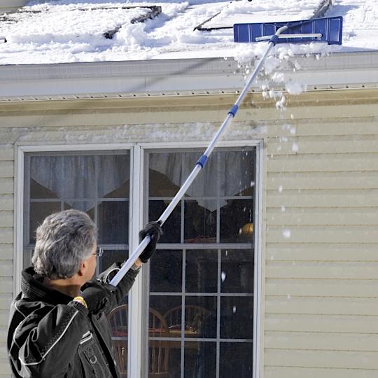 Snow Joe 6.4米屋顶除雪耙 Roofer Joe 21-Foot Twist-N-Lock Telescoping Snow Shovel Roof Rake