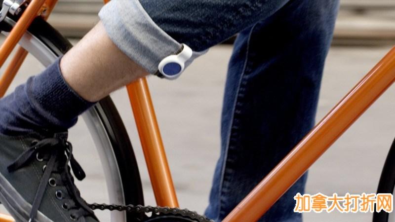 Jawbone UP MOVE 健康智能追踪器特价29.99元,原价59.99元,包邮