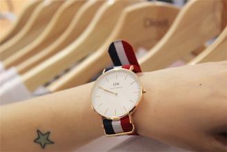 李易峰同款手表!Daniel Wellington 0102DW 男士时装腕表119加元,原价225加元,包邮