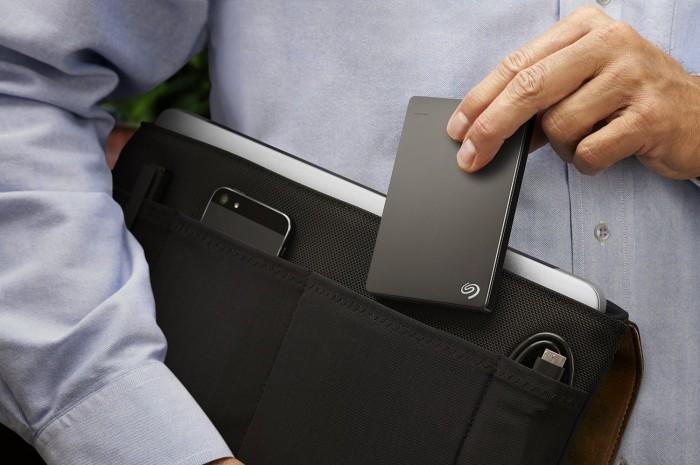 Seagate Backup Plus 希捷 2TB USB 3.0 便携式移动硬盘 89.99加元限时特卖并包邮!两色可选!