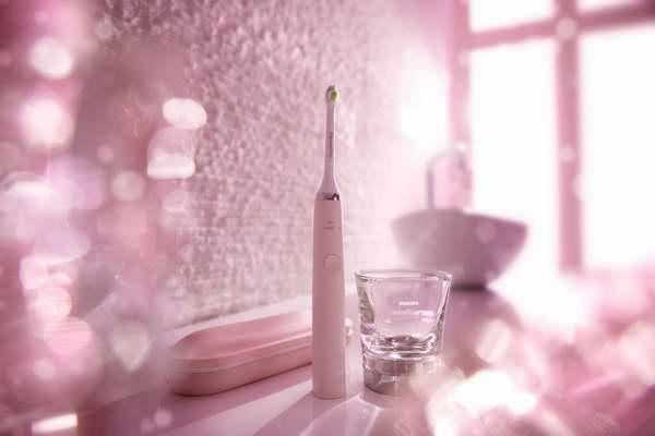荣获超多大奖,超多明星推荐,四色可选!Philips 飞利浦顶级钻石亮白型声波震动牙刷 169.99元限时特卖并包邮!