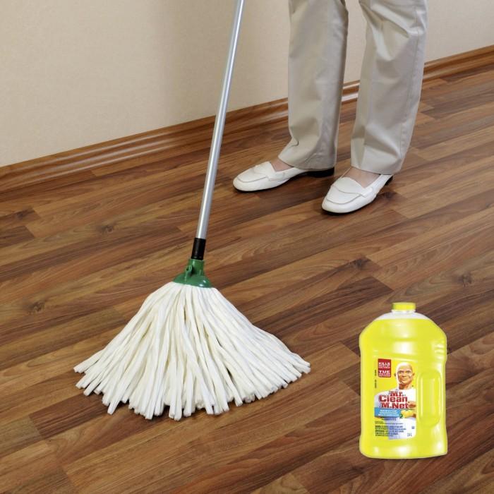 Mr. Clean 2.4 L全能抗菌地板液体清洁剂 5.97元特卖,原价 6.97元