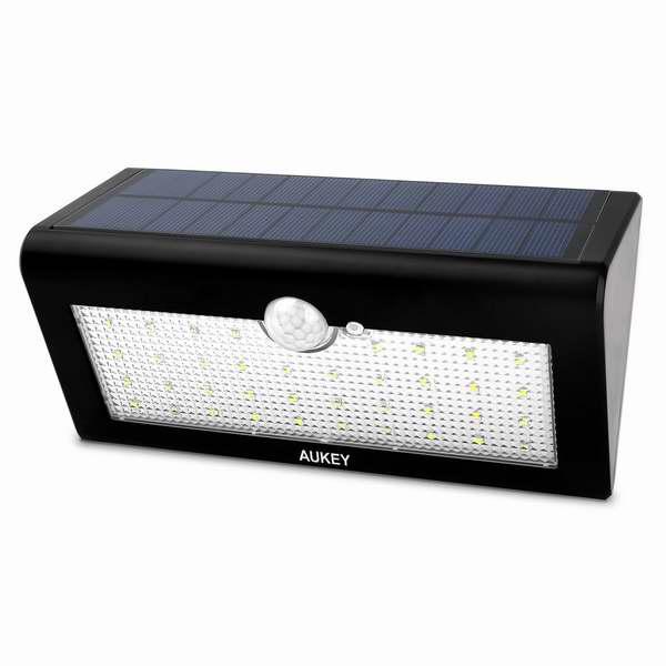 白菜价!Aukey 36 LED 超亮户外4合一太阳能运动感应灯 13.99加元清仓!再送水晶玻璃墙面触控开关!