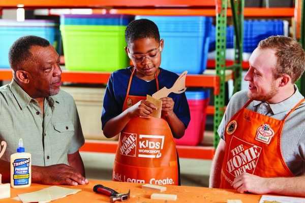 Home Depot 6月11日免费儿童手工课,制作父亲节奖杯手机座,6月另有3个家庭装修免费课程