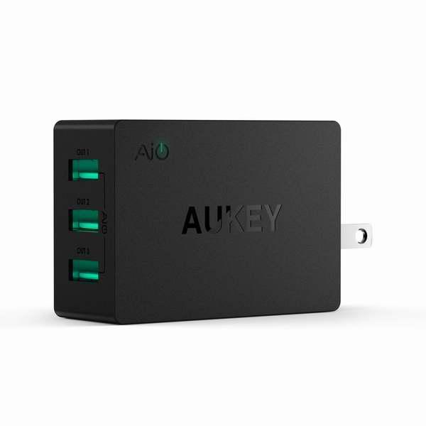 Aukey 30W/6A 3口智能快速充电器6.3折 10.16元限量特卖!