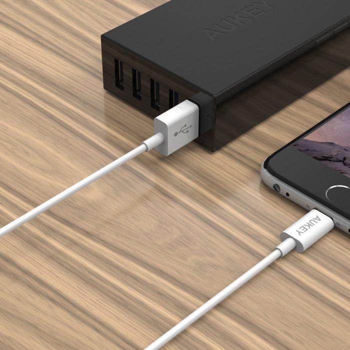 苹果MFI认证,Aukey 1.2米/3.9英尺长度USB数据线 7.99元限量特卖,原价 9.99元
