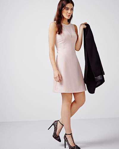 RW&CO. 特卖区精选大量男女服饰特价销售,额外再打3折!