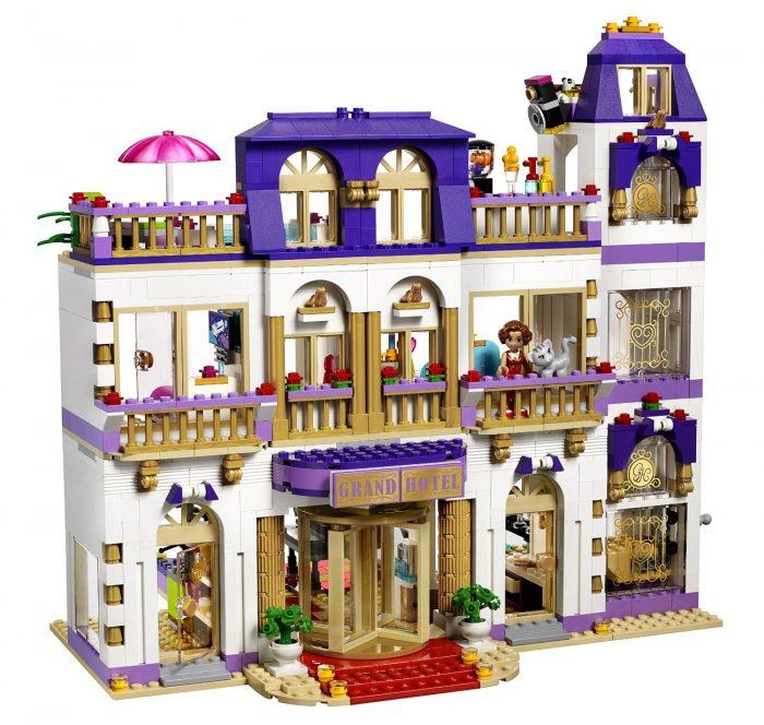 LEGO 乐高 41101朋友系列心湖大酒店 128.99元,原价 159.99元,包邮