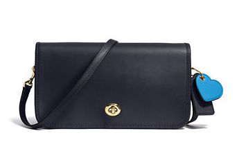 COACH Glovetanned 女士斜挎包 145.6元(2色可选),原价 260元,包邮