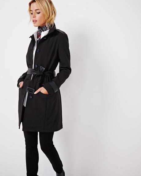 RW&CO. 全场正价新品服饰全部7折!特卖区精选多款男女时尚服饰特价销售,额外再打4折!