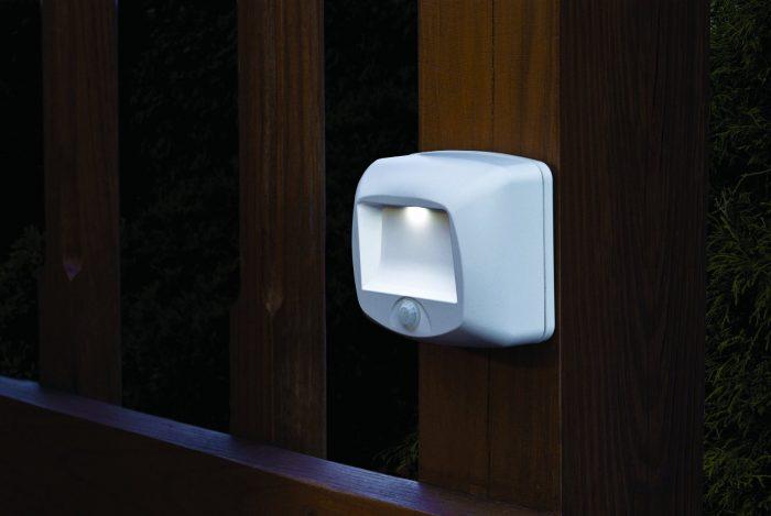 历史最低价!Mr. Beams MB530 室内/室内运动感应LED夜灯3.7折 8.99元限时特卖!
