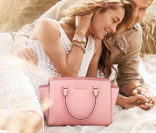 上新款了!Michael Kors 精选大量美包、鞋子、手表,服饰3.7折起限时抢购!