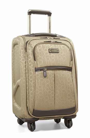 历史新低!Calvin Klein Nolita 2.0 21英寸时尚CK印花拉杆登机行李箱 70.52加元限时特卖并包邮!