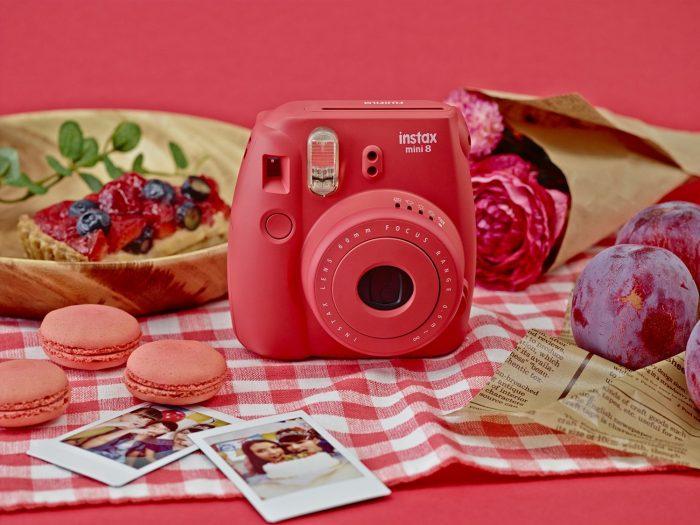 Fujifilm 富士 Instax Mini 8 小巧可爱拍立得 69.99加元(3色),原价 89.99加元,包邮