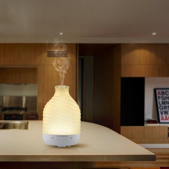 Aiho 200ml 精油香薰/加湿器,内置7彩液晶灯 28.89加元限量特卖并包邮!
