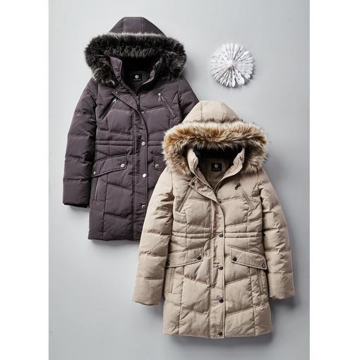 精选多款男女时尚羽绒服、防寒服、夹克、大衣4折起特卖,最高额外立减50加元!清仓品额外6折!
