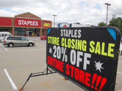 Staples 亏损严重,宣布今年将关闭北美70家门店!
