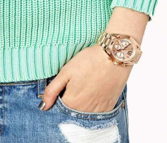 历史新低!Michael Kors MK5799 女士时尚玫瑰金三眼石英腕表 151.92加元包邮!