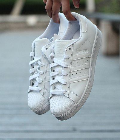 杨幂同款!ADIDAS Superstar 阿迪达斯女士贝壳头小白鞋 82.5加元,原价 110加元