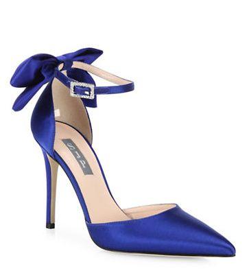 甜美可爱!SJP后跟带蝴蝶结高跟鞋367.5加元,原价525加元,包邮
