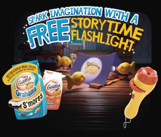 购买任意三款 Goldfish 小鱼饼干,送故事时间小手电!