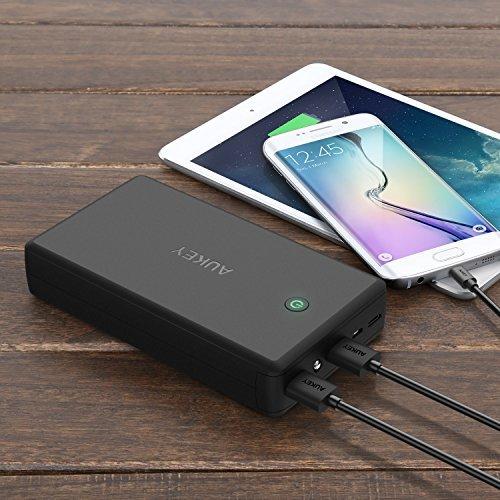 Aukey 30000mAh 双口便携式AiPower快速充电 移动电源/充电宝 44.99加元限量特卖并包邮!