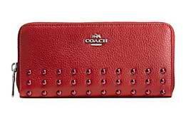 COACH Rivets 时尚真皮双层拉链钉饰钱包5折 100加元限时特卖并包邮!