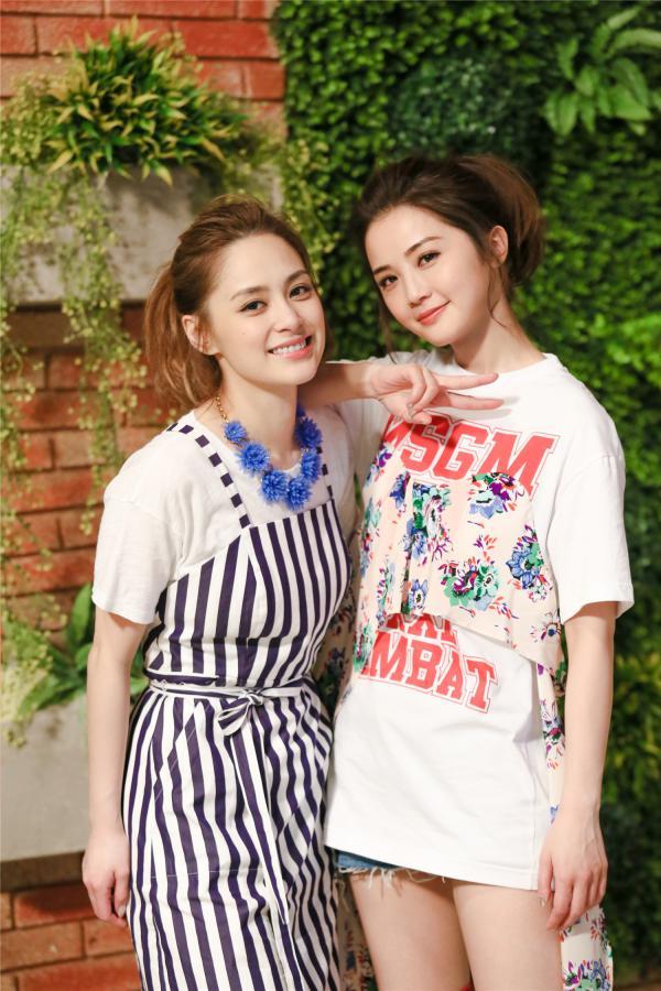 阿Sa蔡卓妍同款!MSGM 白色印花T恤 486加元,原价 565加元,包邮