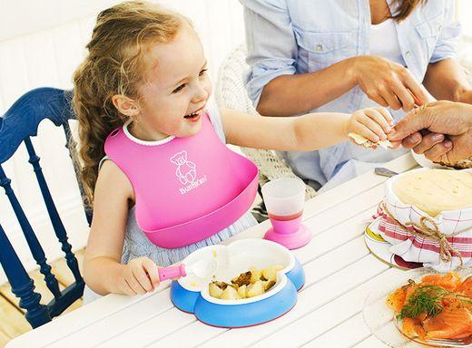 BabyBjorn 瑞典三叶草婴儿防滑餐盘+防漏围嘴套装 19.99加元,原价 37.95加元