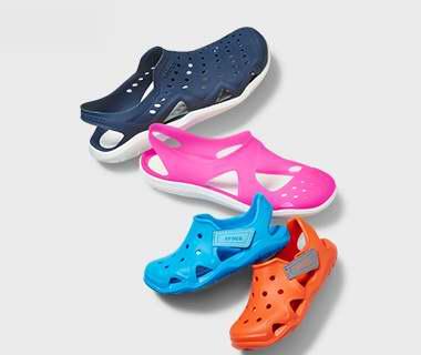 Crocs 卡洛驰洞洞鞋 夏季清仓!精选246款鞋靴2.9折起,额外立减15-20加元!