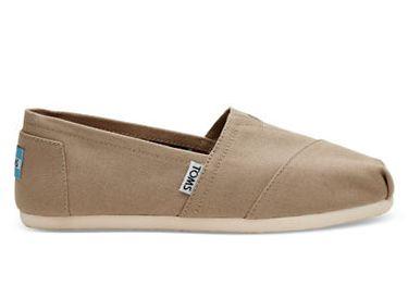 TOMS女士帆布鞋 19.99加元,原价 60加元