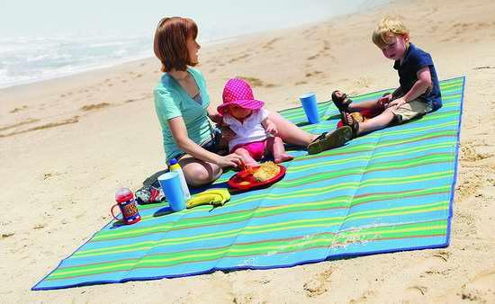 Camco 42805 便携式野餐地垫/游戏垫5.4折 16.37加元!