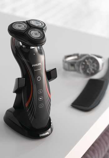 历史新低!Philips飞利浦 RQ1160/17 干湿两用 智能贴合 电动剃须刀5.4折 86.82加元包邮!