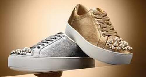 精选216款 Michael Kors 时尚女士鞋靴29加元起特卖+包邮!