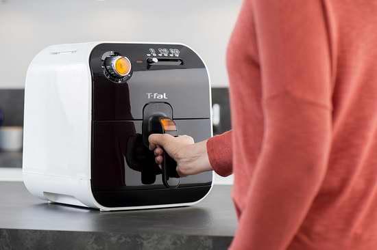 白菜价!T-fal FX100051 Fry Delight 健康无油快速空气炸锅3.5折 83.22加元清仓并包邮!