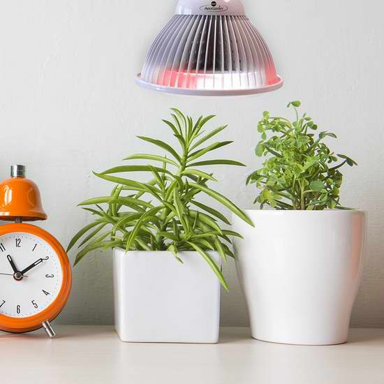 金盒头条:历史新低!AeroGarden 4波段LED植物培育生长灯 24.99加元!