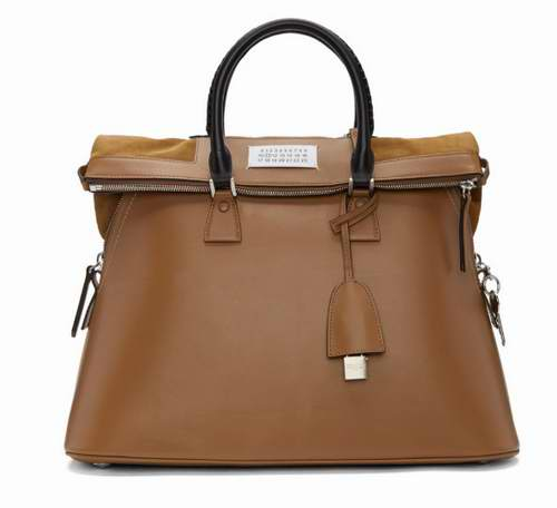 Maison Margiela 5AC棕色大号 3用手提包 5.5折 2277加元,原价 4140加元,包邮