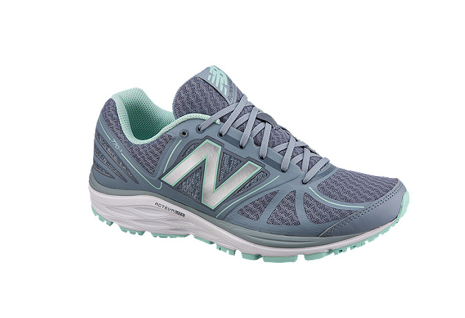 New Balance 770v5 女款跑步鞋 69.99加元,原价 129.99加元,包邮