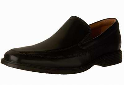 Clarks Tilden男士休闲鞋 46.74加元起(3色),原价 120加元,包邮