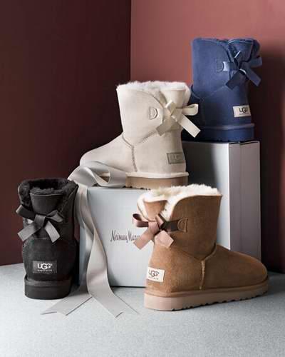 UGG 女士迷你 Bailey Bow II双蝴蝶结 雪地靴 129.81加元起特卖(3色),官网价 190加元