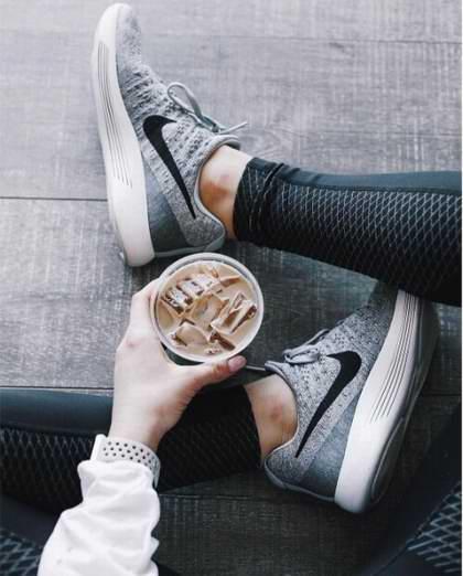Nike LunarEpic Low Flyknit 2 女子运动鞋4.9折 93.09加元包邮!