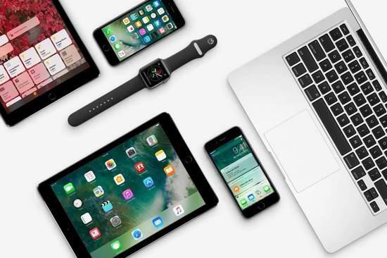 黑五专享!Apple 苹果官网购买指定款 iPhone、iPad、Apple Watch、Mac,送价值高达210加元礼品卡!仅限今日!