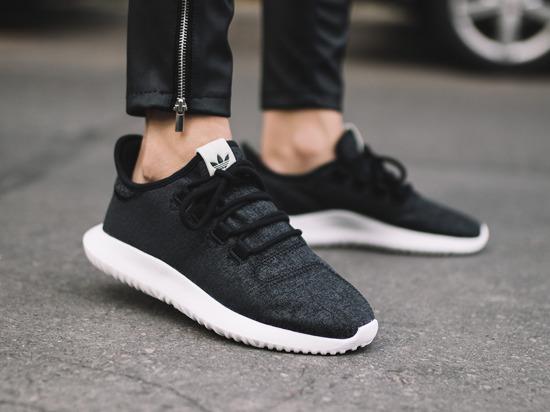 精选Adidas Originals 运动鞋、运动服等5.5折起+额外8.5折!