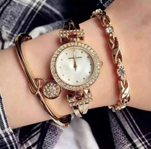 金盒头条:历史新低!Anne Klein 金色款施华洛世奇水晶日本石英女表套装 103.46加元,原价 225加元,包邮