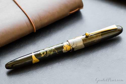 史低!Pilot Namiki Nippon 艺术收藏钢笔 14K黄金笔尖 云龙图案 433.74加元,原价 990加元,包邮