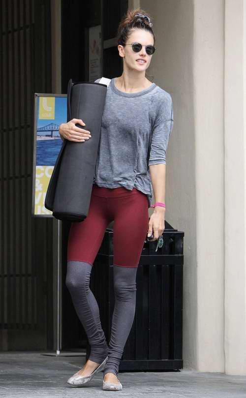 Kendall和GiGi同款!精选 23款 Alo Yoga瑜伽服,弹力legging打底裤 19.99加元起特卖!