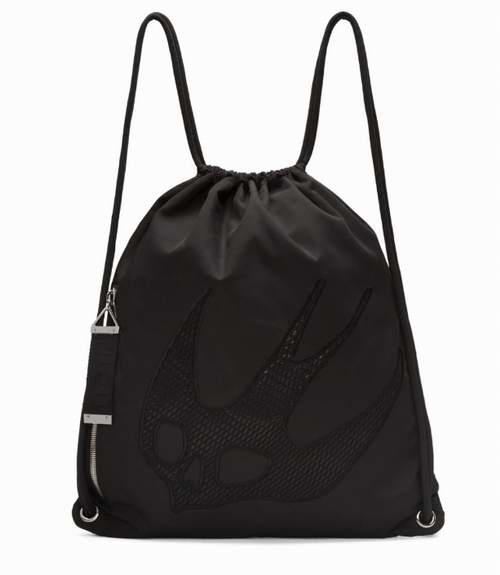 McQ Alexander McQueen 黑色尼龙刺绣双肩包 115加元,原价 360加元,包邮