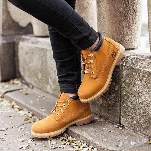 Timberland Nellie 女款黄靴 103.7加元(6.5码),原价 160加元,包邮