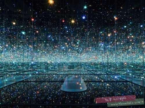 火爆销售,一票难求!红遍全球的草间弥生 Infinity Mirror多伦多艺术展非会员上午10点开抢!