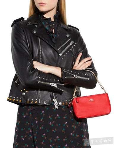 小天后赛琳娜 Selena Gomez X Coach 联名红色链条手腕包5.5折 108.9加元包邮!